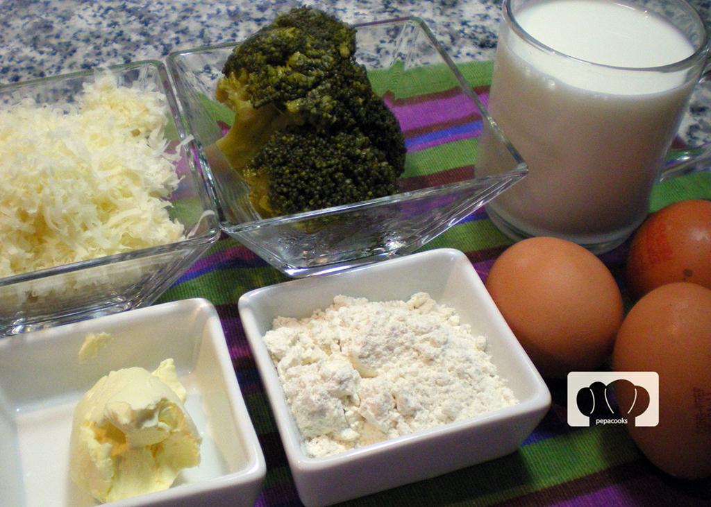 souffle de queso y brocoli