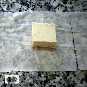 croquetas líquidas de roquefort