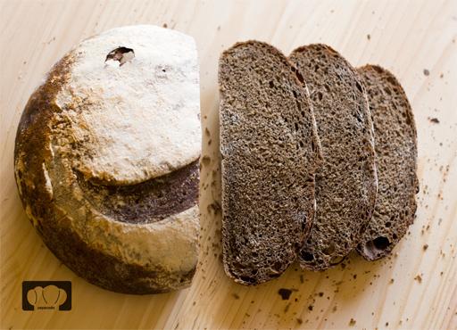 receta de pan con malta torrefacta y centeno con masa madre