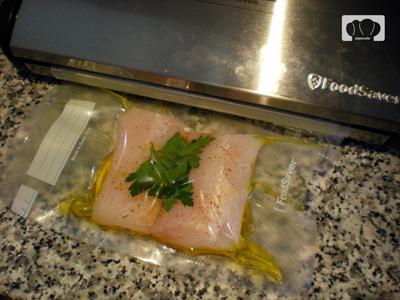 Lomos de merluza al lim n cocina al vac o pepa cooks for Cocinar al vacio en casa