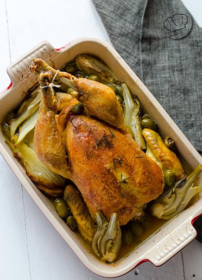 receta de Pollo de corral asado con hinojo y aceitunas